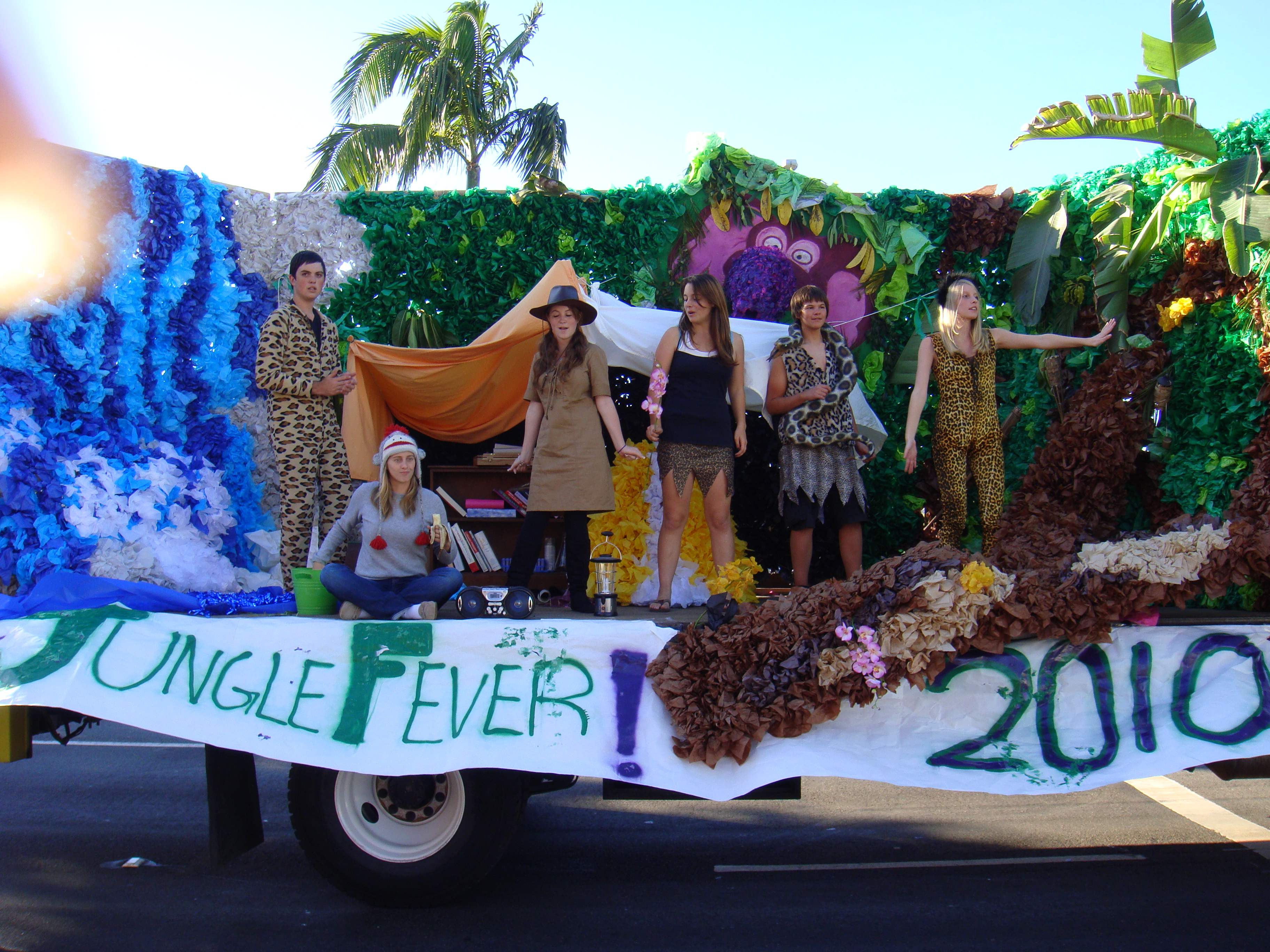 Of the senior float was quot jungle fever quot and this float won first place