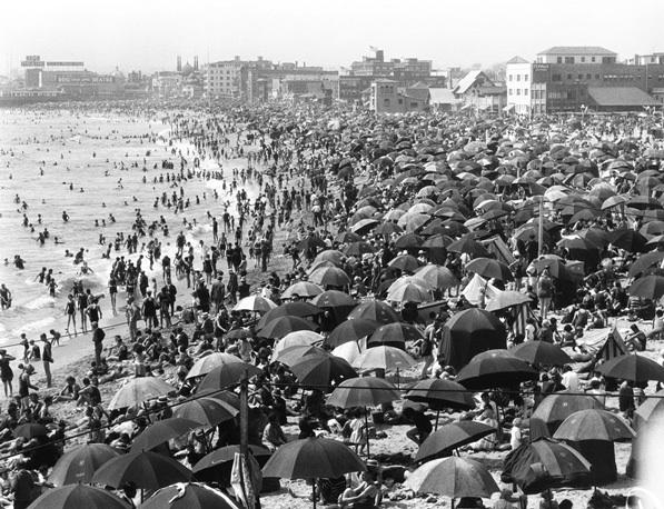 CA Beach 1915