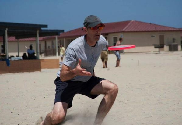 Frisbee 1
