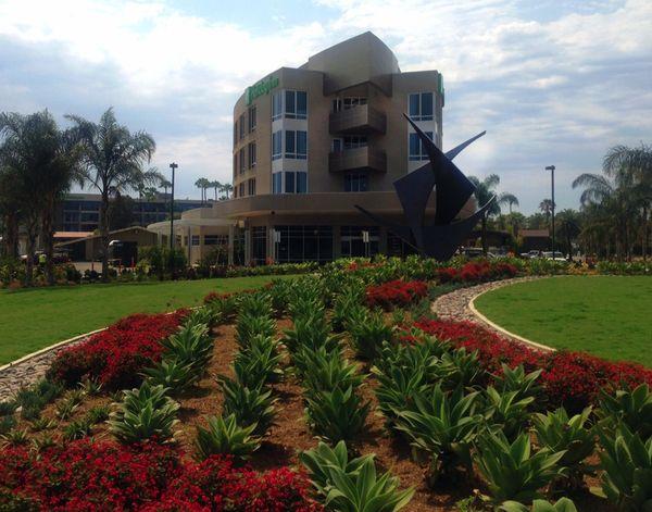 Holiday Inn 1